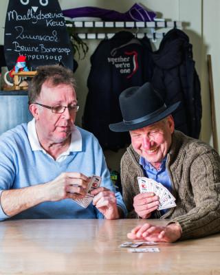 Dirk en Jan werden vrienden in het buurthuis in Haarlem.